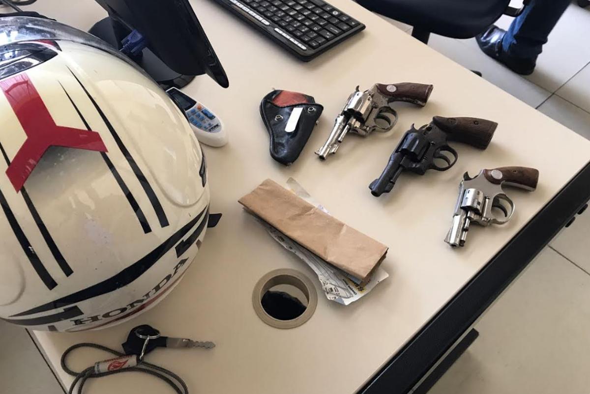 Policiais frustram assalto em agência dos Correios em Natividade, no RJ