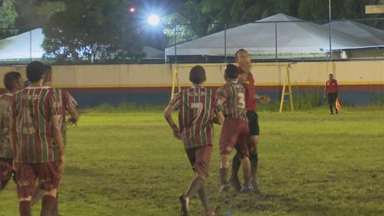 VÍDEO: Final de torneio Sub-18 acaba com agressão à árbitro venezuelano e confusão
