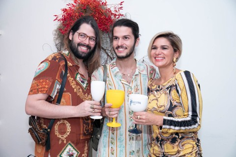 Thomaz Azulay, Patrick Doering e Juliana Santos