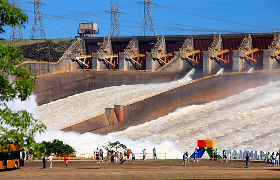Mirante do vertedouro da Usina Hidrelétrica de Itaipu — Foto: Divulgação
