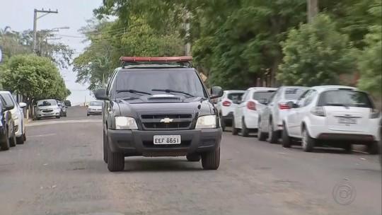 Homens encontrados mortos foram executados no 'tribunal do crime', diz polícia
