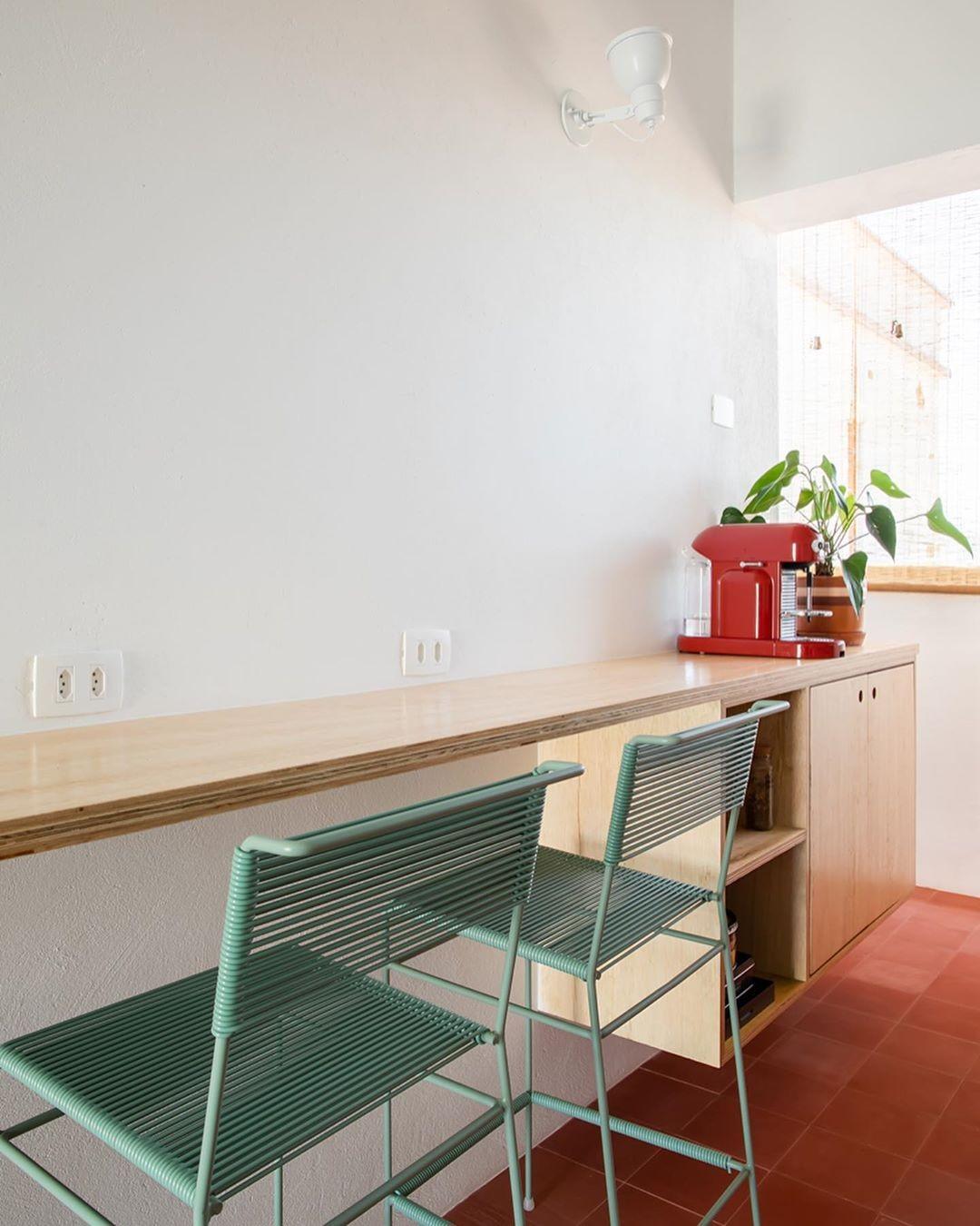 Décor do dia: cozinha com paleta neutra e ladrilho hidráulico  (Foto: Pedro Napolitano Prata)