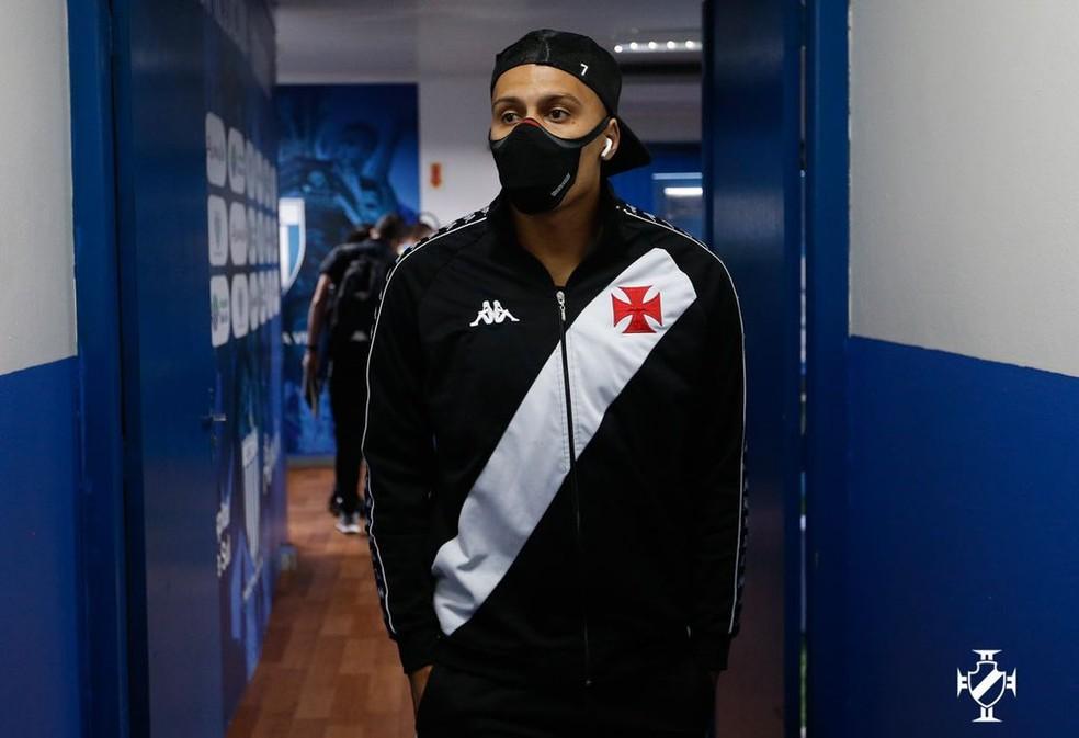 Léo Jabá - Chegada dos atletas - Avaí x Vasco - 23ª rodada Série B do Campeonato Brasileiro — Foto: Rafael Ribeiro / Vasco