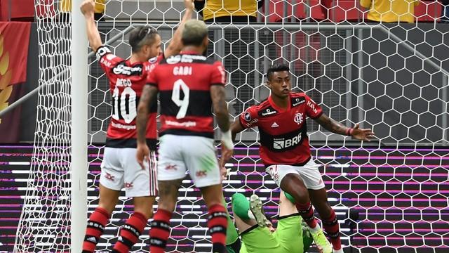 Bruno Henrique Copa Libertadores Flamengo v Olimpia - Estadio Mane Garrincha, Brasilia, Bruno Henrique comemora gol