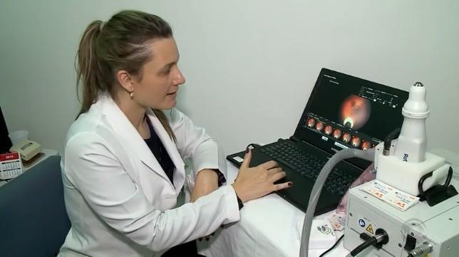 Exame inédito no RS detecta problemas de visão em crianças que tiveram toxoplasmose - Notícias - Plantão Diário
