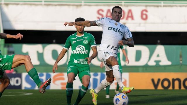 Dudu em lance de Chape x Palmeiras