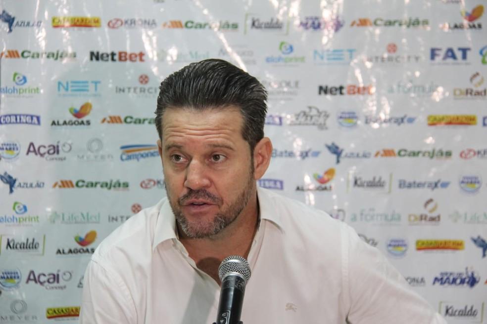 Argel destaca competitividade do CSA diante do campeão da Copa do Brasil — Foto: Denison Roma/GloboEsporte.com