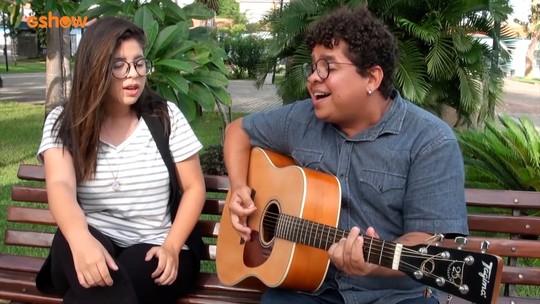 Edinho Vilas Boas fala sobre carreira, inspirações e solta a voz em família