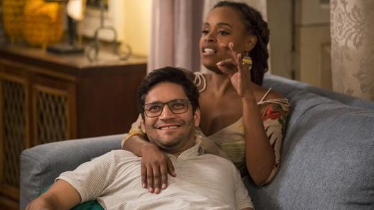 Roberta Rodrigues e Armando Babaioff falam do relacionamento de seus personagens: 'É abusivo'