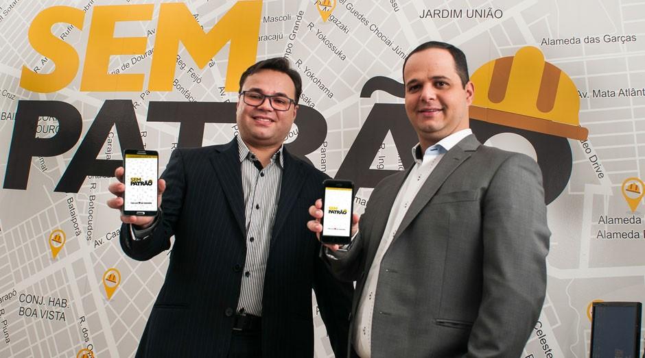 Eles criaram um app para ajudar profissionais prejudicados pela crise a trabalhar