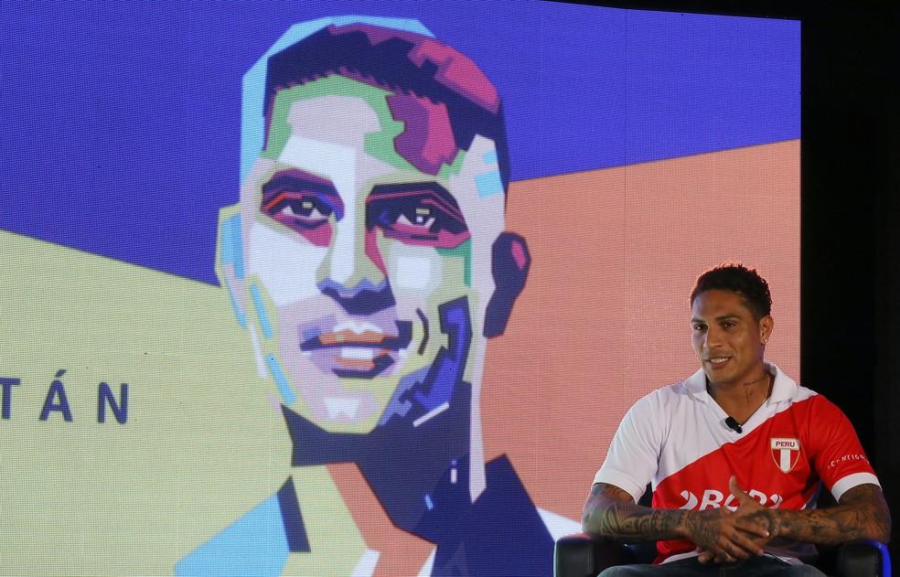 Paolo Guerrero não pode atuar pelo Flamengo e pela seleção peruana até o dia 3 de maio (Foto: Mariana Bazo/Reuters)