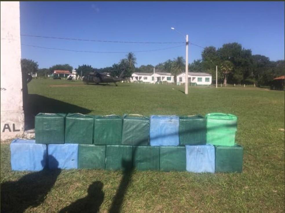 Avião interceptado pela FAB no Pantanal estava carregado com 500kg de drogas