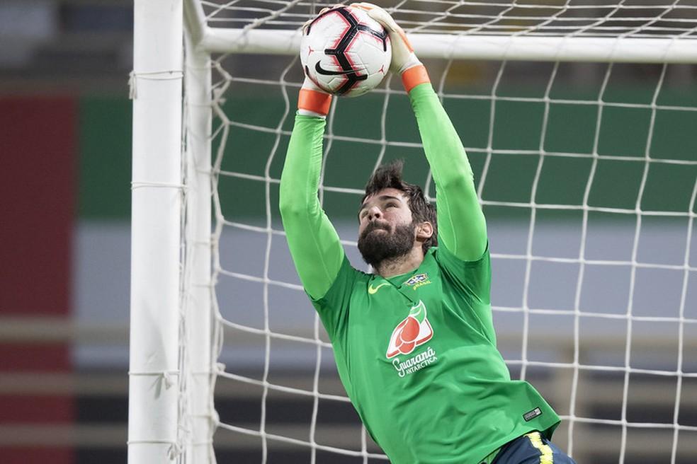 Alisson voltou ao gol da Seleção nos amistosos de novembro — Foto: Lucas Figueiredo / CBF