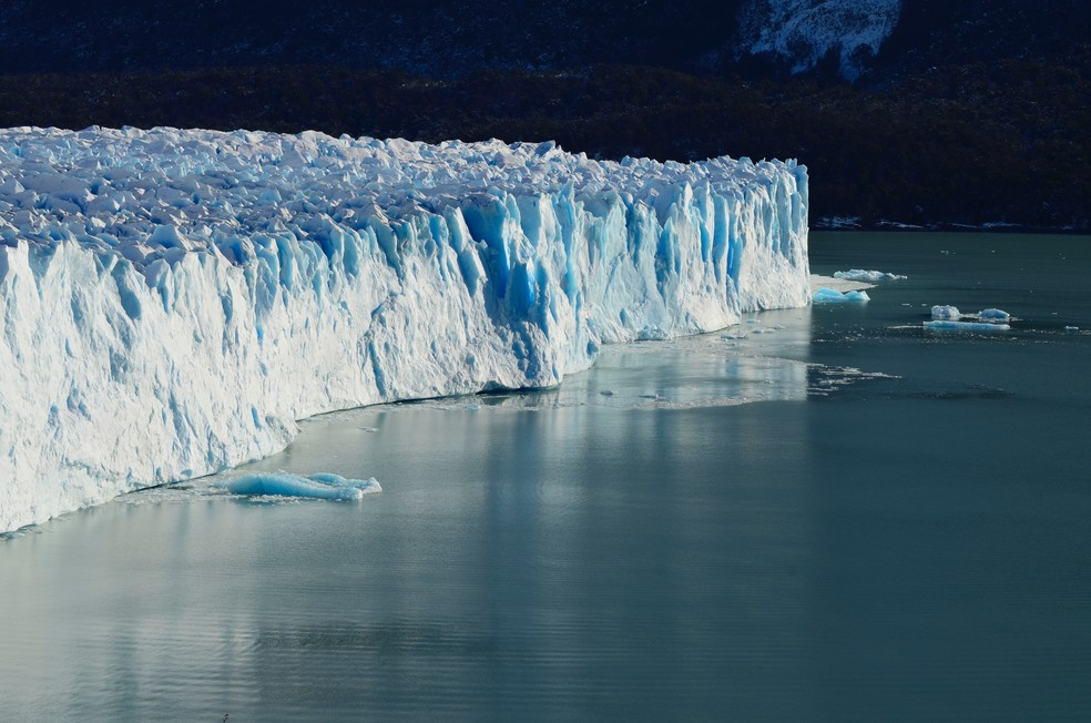 Aquecimento global pode estar contribuindo para a elevação do nível dos oceanos mais rápido do que se imaginava — Foto: Unsplash