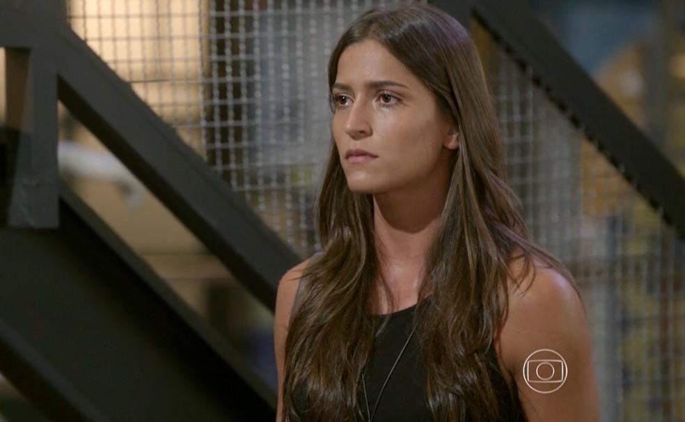 Nat (Maria Joana) tenta contar o que sabe sobre a morte de Alan (Diego Amaral) - 'Malhação Sonhos' — Foto: Globo