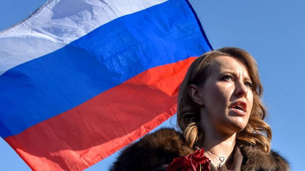 Ksenia é a única candidata mulher dentre os oito homens na disputa (Foto: Getty Images/BBC)