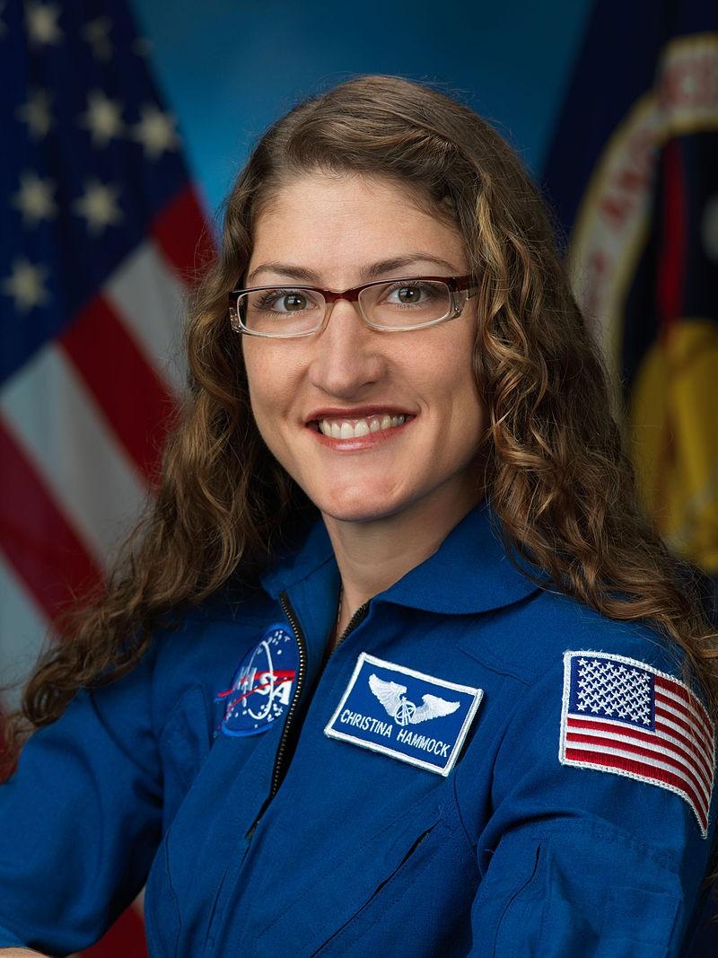Christina Koch nasceu em janeiro de 1979; se escolhida, terá 44 anos quando pisar na Lua (Foto: NASA)
