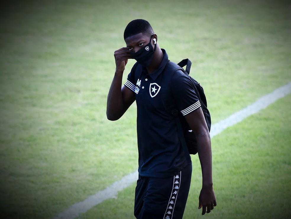 Ainda no Botafogo, Matheus Babi tem quatro gols em nove jogos na temporada — Foto: André Durão