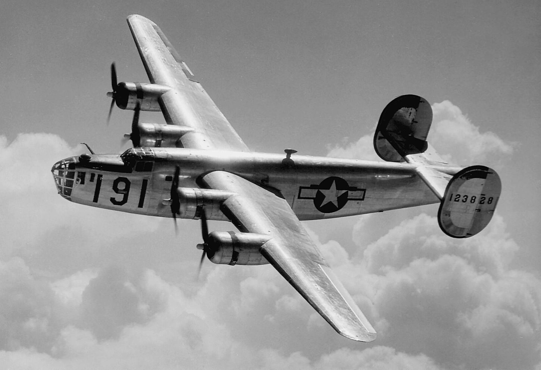 Avião Maxwell B-24, produzido em diversas fábricas em esforço de guerra (Foto: Wikicommons)