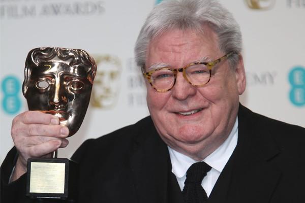 Morre o diretor Alan Parker, de 'O Expresso da Meia-Noite', aos 76 ...