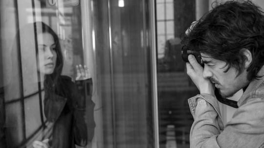 Bia Arantes é fotografada por Vinícius Redd, e o ator se derrete pela namorada: 'A gente se diverte fazendo'