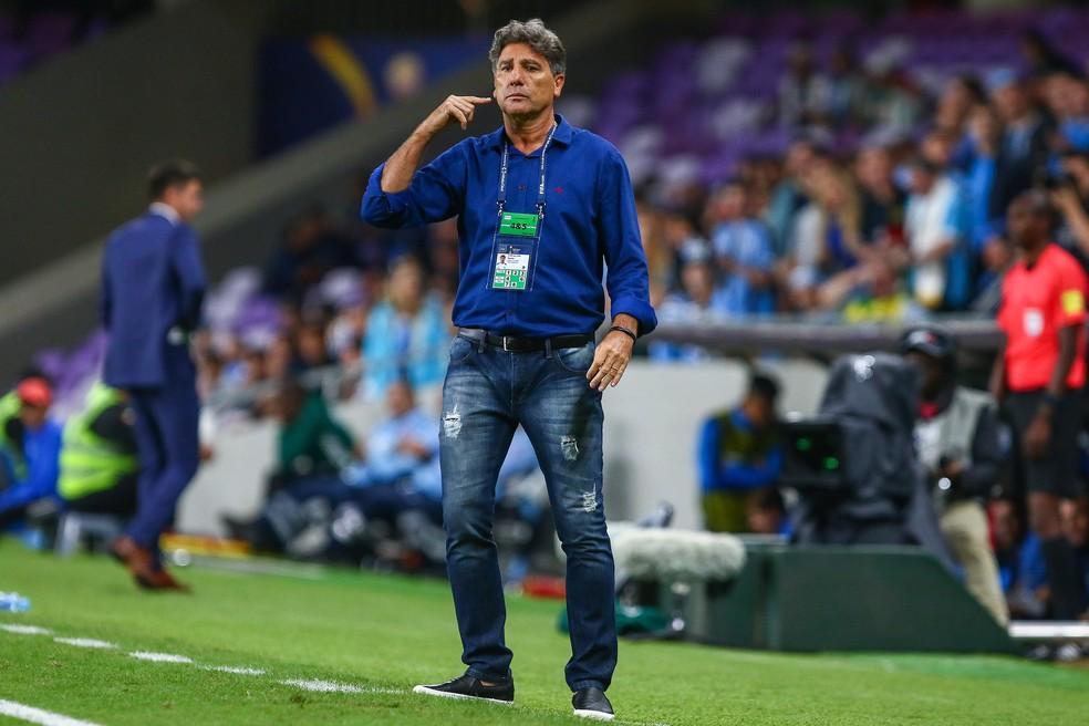 Renato orienta o Grêmio no confronto contra o Pachuca (Foto: Lucas Uebel/Divulgação Grêmio)