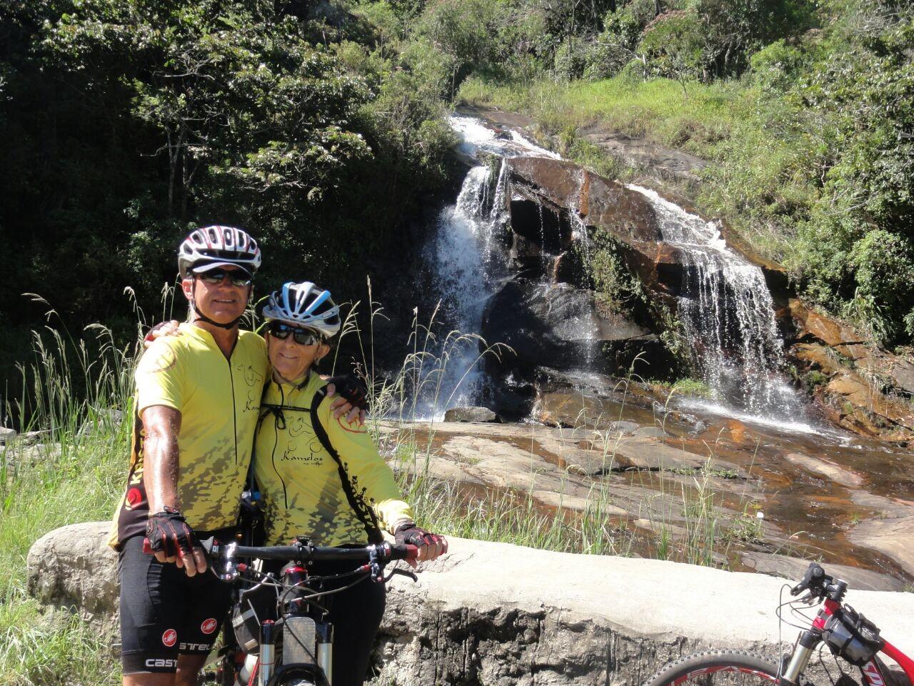 Após aprender a pedalar aos 50 anos, ciclista do DF coleciona cicloviagens