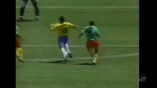 """""""Romários"""": 25 anos após o Tetra, xarás do atacante fazem sucesso no futebol cearense"""