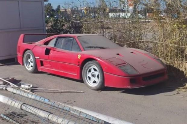 Ferrari F40 do filho de Saddam Hussein é restaurada e dono quer US$ 1,15 milhão