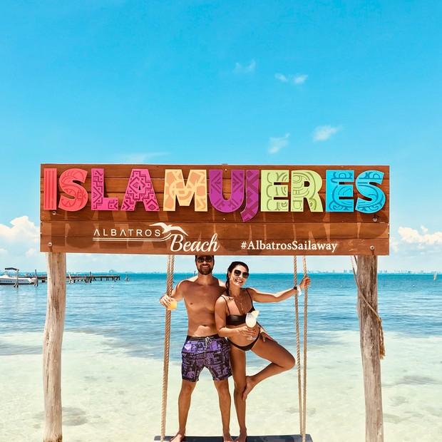 Ju Paes e o marido dem Cancún (Foto: Reprodução Instagram)
