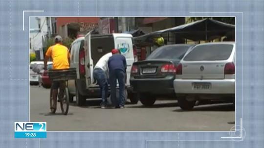 Ambulância é usada para transportar saco de batata em Lagoa de Itaenga; veja vídeo