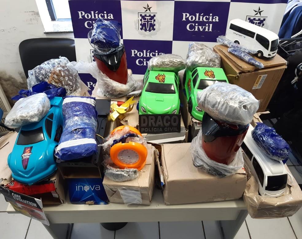 Drogas sintéticas e maconha são apreendidas durante operação em central dos Correios, em Camaçari — Foto: Divulgação/Polícia Civil