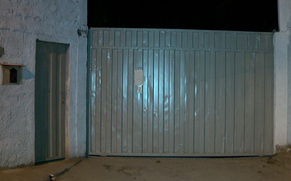 Quatro detentos ainda continuam foragidos do Presídio de Bom Despacho (Foto: Reprodução/Tv Integração)