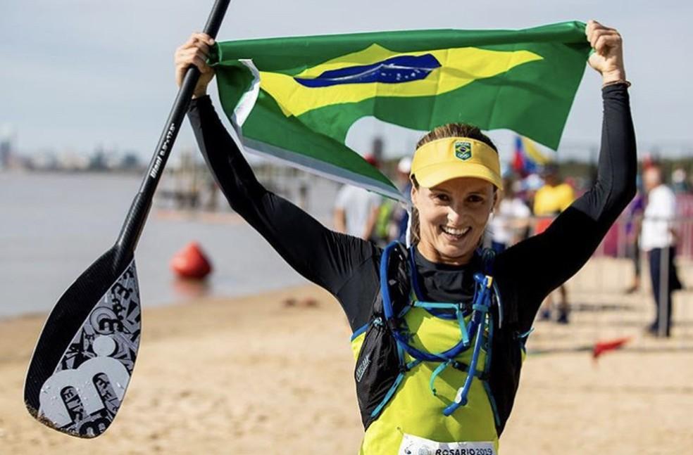 Resultado de imagem para Lena Guimarães Stand Up Paddle
