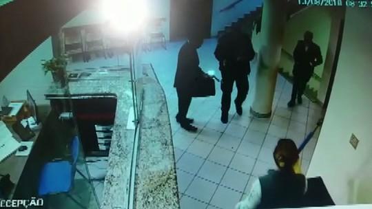 Justiça decreta prisão preventiva de irmãos que amarraram padre e fiéis em tentativa de roubo na catedral de Londrina
