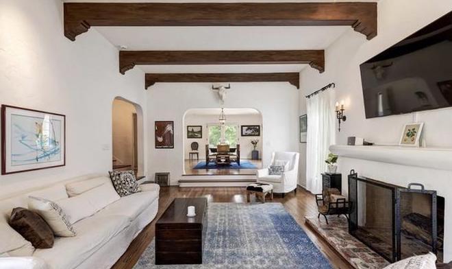 Conheça as duas novas mansões de Emma Stone, avaliadas em R$ 22 milhões (Foto: Divulgação)