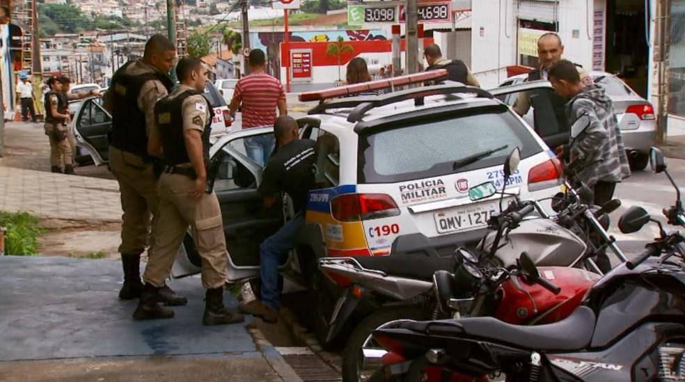 Operação do Ministério Público investiga corrupção em vistoria de veículos em MG — Foto: Reprodução/EPTV