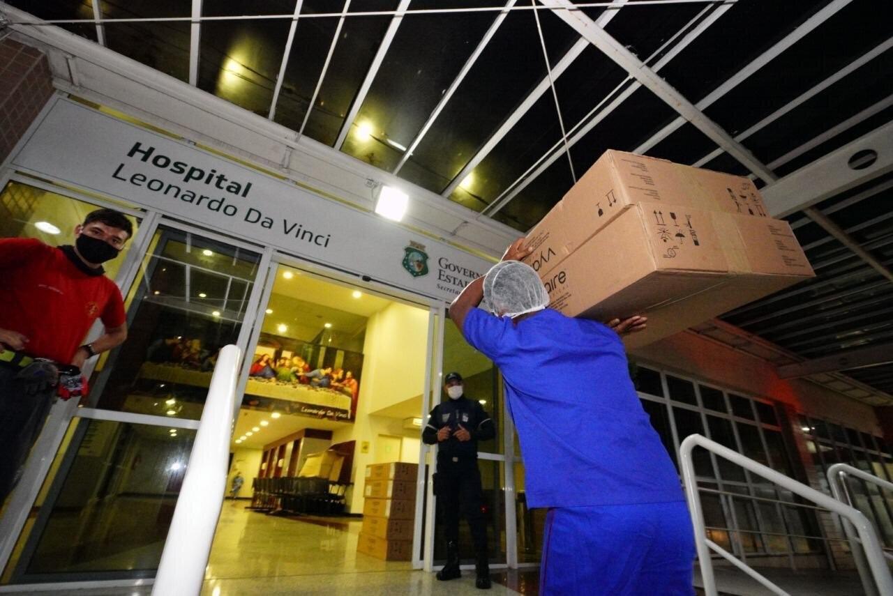 20 respiradores pulmonares retidos pelo Ministério da Saúde chegam ao Ceará