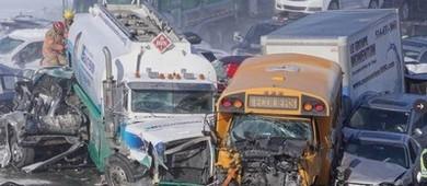 Megaengavetamento com 200 carros fere 70 pessoas no Canadá (Reprodução/Twitter(Simon-Marc Charron))