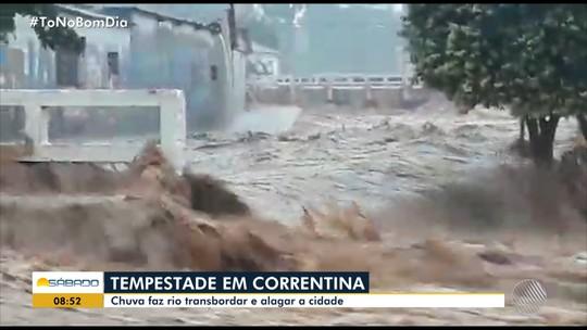 Chuva forte em Correntina faz ceder asfalto da BR-349 e causa estragos na cidade