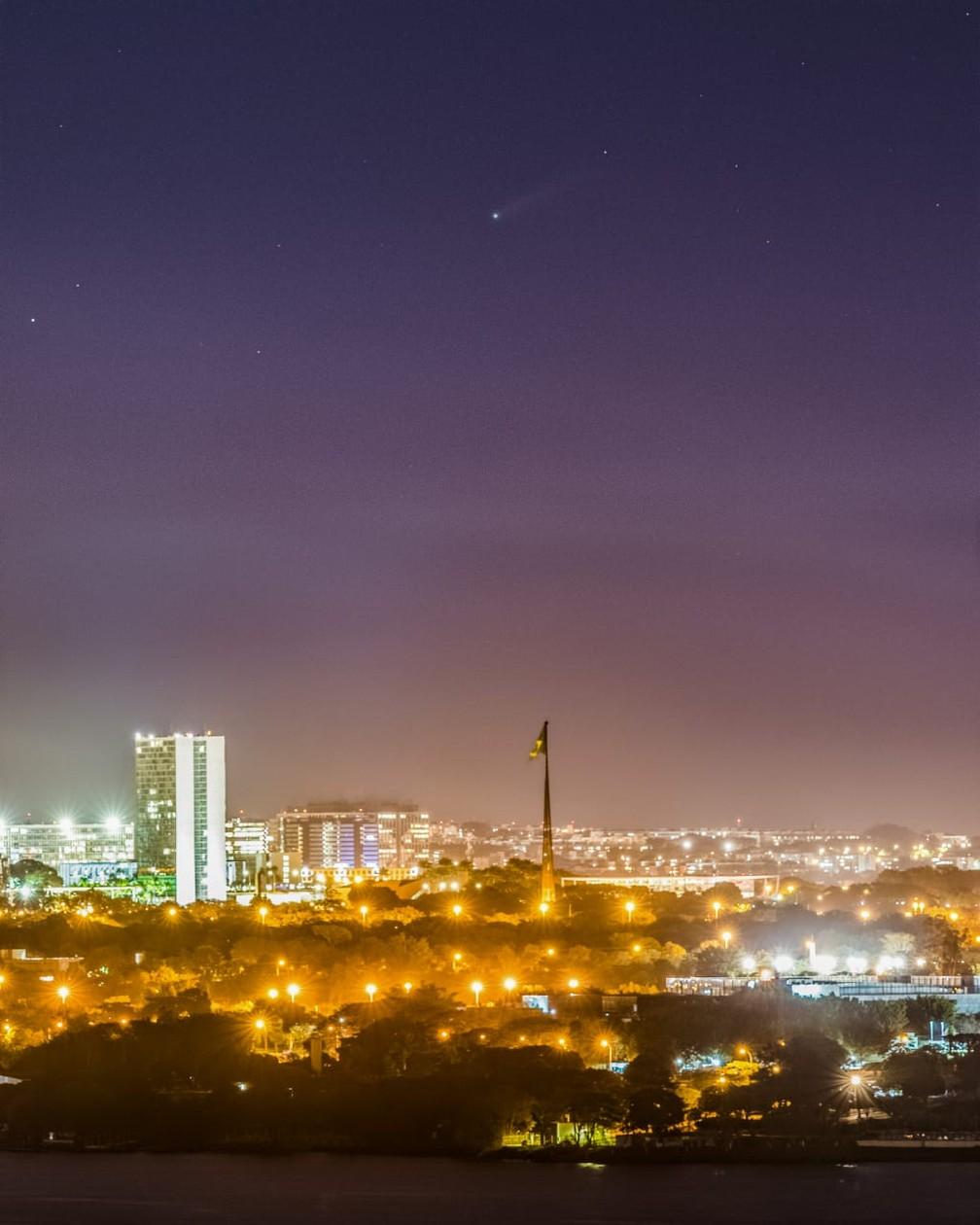 Cometa Neowise visto no Distrito Federal — Foto: Léo Caldas/Arquivo pessoal