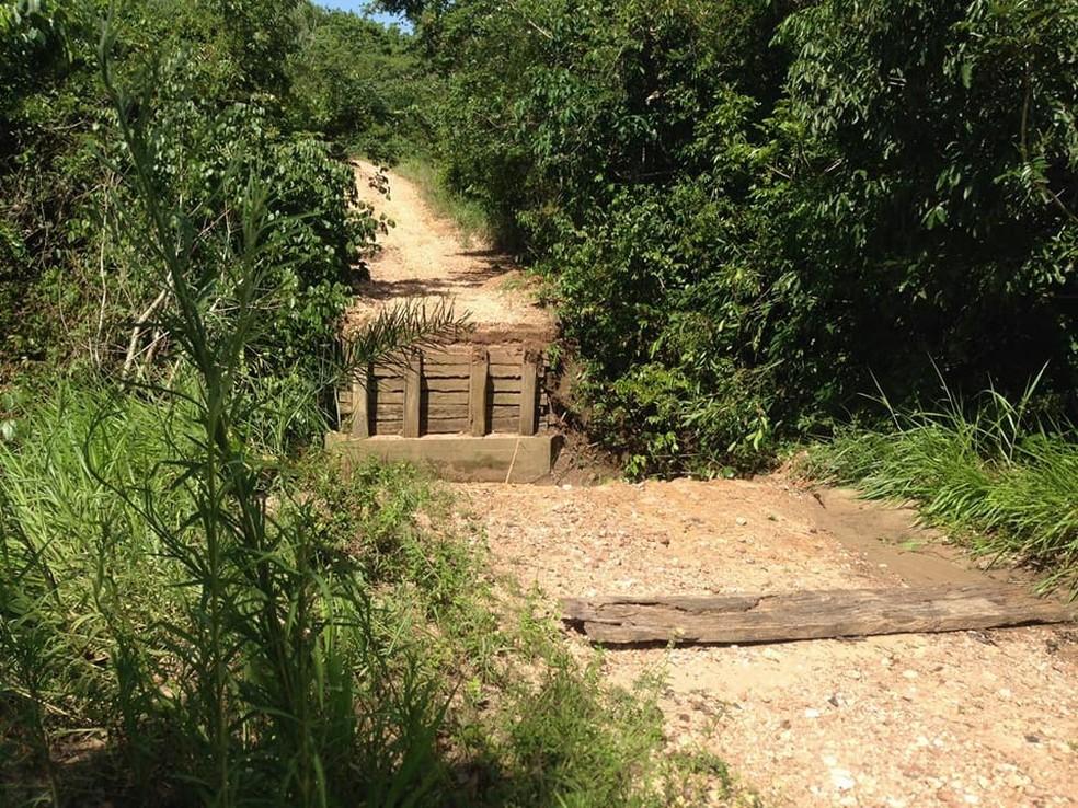 Chuva derrubou pontes em Poconé (Foto: Prefeitura de Poconé/Divulgação)