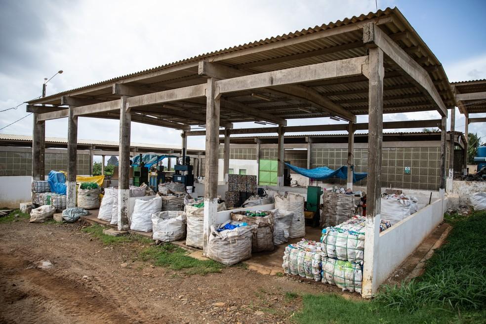 Usina de resíduos sólidos em Fernando de Noronha — Foto: Fábio Tito/ G1