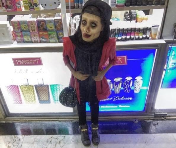 Sahar costuma ser chamada de 'aberração' em redes sociais