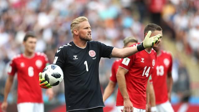Peter Schmeichel, da Dinamarca, durante o jogo contra a França