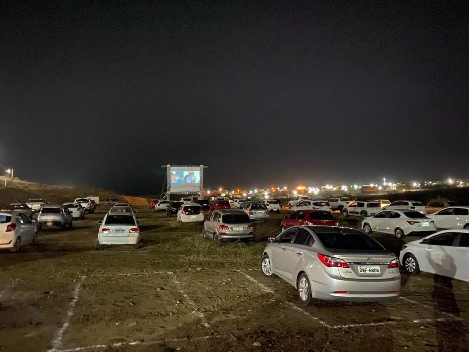 Sessão de 'Bacurau' em cinema drive-in encerra festival em Caicó
