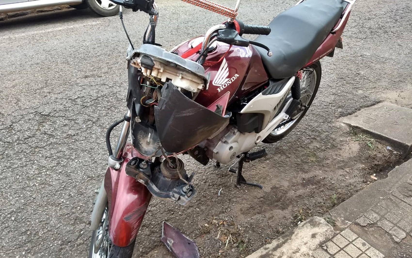 Mulher morre após casal cair de motocicleta no Centro de Varginha, MG - Notícias - Plantão Diário