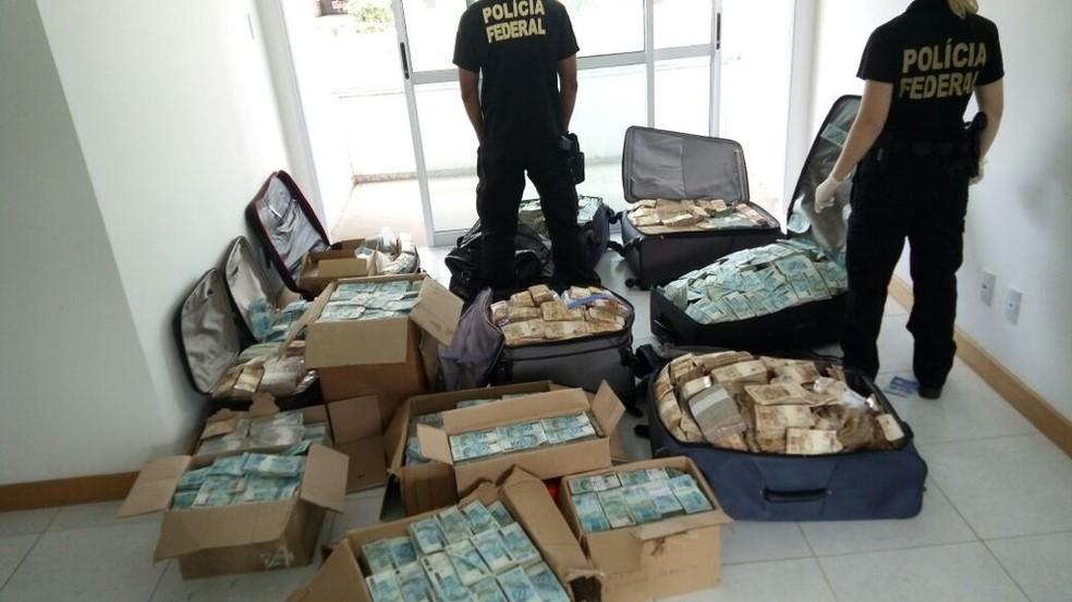 R$ 51 milhões foram encontrados em bunker ligado a Geddel, em setembro de 2017 — Foto: Divulgação/PF
