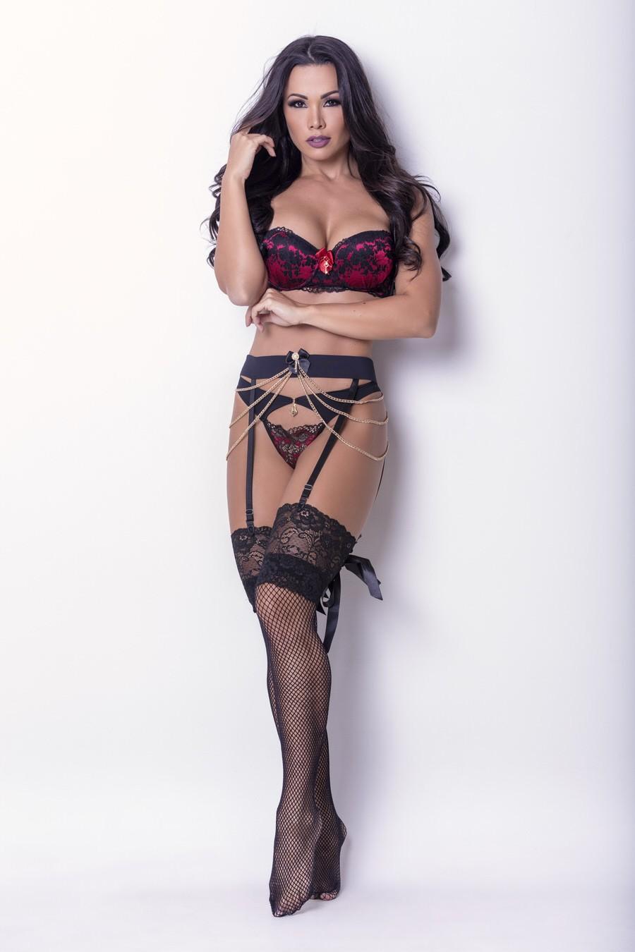 Fernanda D'avila é nova garota propaganda de marca de lingerie (Foto: Rogério Tonello / MF Press Global)