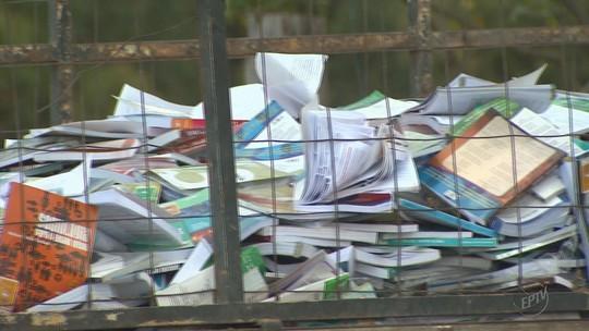Livros didáticos sem uso são descartados por escola e doados para reciclagem em MG